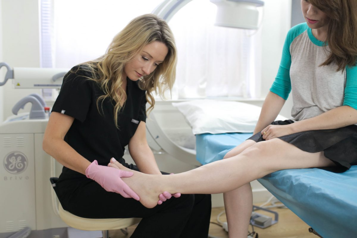 Reading laser vein treatment reviews online can be confusing, with differing opinions. Our experts take you through the procedures involved in laser vein treatment – and whether you can find other alternatives.