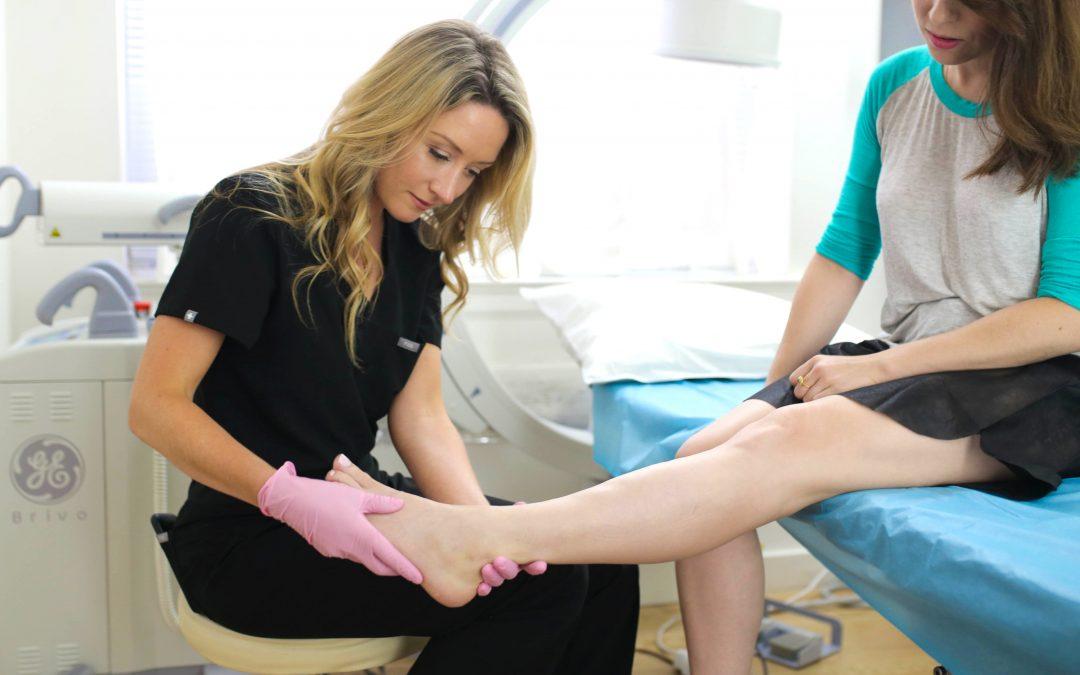 A Varicose Vein Doctor in LI Describes the Best Minimally Invasive Varicose Vein Treatments