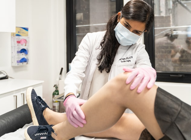 Vein Treatment Clinic is widely considered the best varicose vein center in California. This article highlights the 5 qualities that make our vein clinic exceptional and unique.